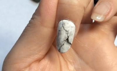 大理石ネイルのやり方|セルフジェル初心者でもできる簡単デザインアート