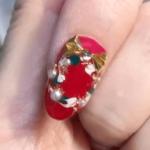 ジェルネイルで簡単♪クリスマスリースのやり方動画とポイント