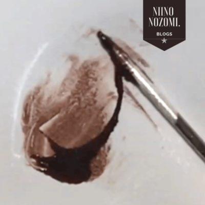 バレンタインネイルのやり方(チョコレートをかけたデザイン)